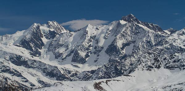 beaufortin-alpes-en-hiver-sous-la-neige