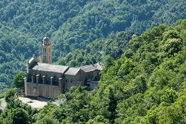 Eglise-de-Piedicroce-en-Corse