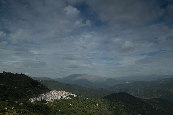 Village-blanc-Andalousie-Espagne