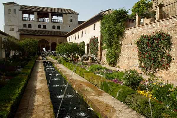 jardins du generalife alhambra grenade