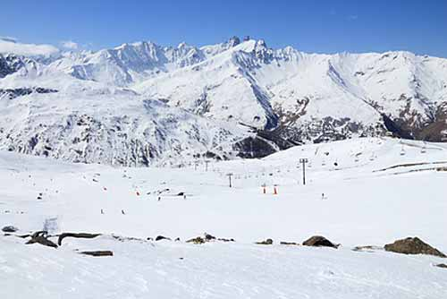 station ski en famille valloire alpes en hiver
