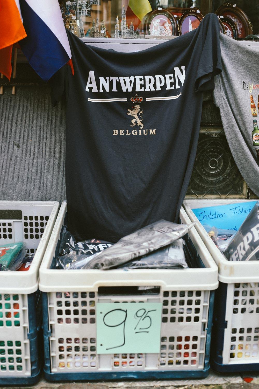 Vetements Antwerpen tee origins