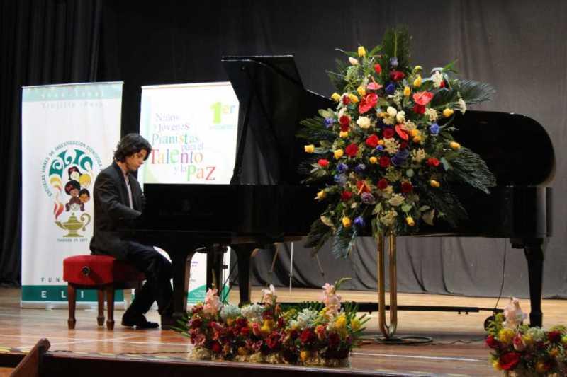 Encuentro-Pianistas-1