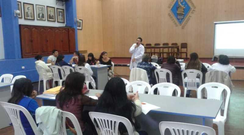 Colegio Químico y SISI enseñan como practicar una buena nutrición