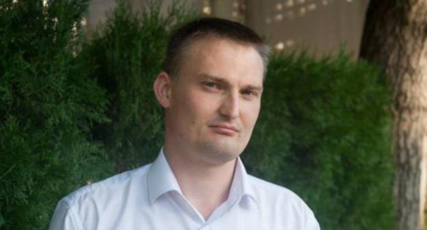 Mikhail Benyash. Photo: 'Golos Kubani', https://golos-kubani.ru/v-krasnodare-advokata-siloj-vygnali-s-suda-po-delam-zaderzhannyx-na-akcii-protiv-putina/