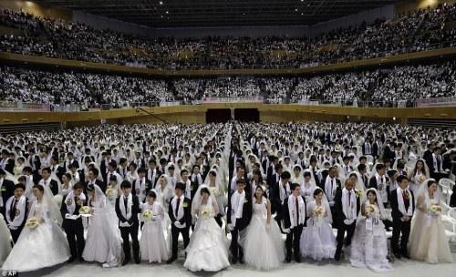 mass-wedding