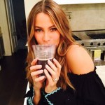 Sofia Vergara's 5 Carat Oval Shaped Diamond ring