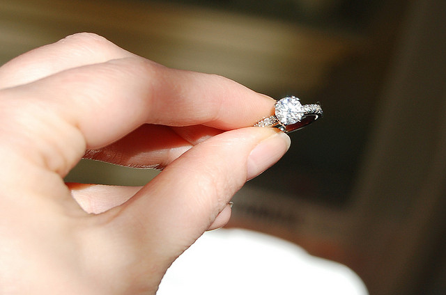 round-engagement-ring