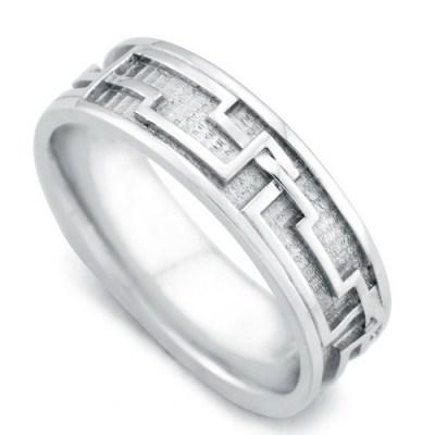 Engagement-Rings-For-Men-Best