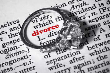 Divorce-Ring (1)