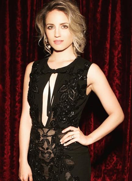 Dianna Agron_ring_another_view