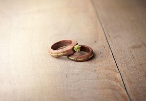 Eco-Friendly-Wedding-Rings-Wood