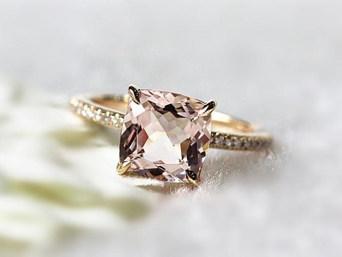 pink-morganite-engagement-ring-700x526