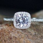 Real Diamond or Moissanite: Which is For You?