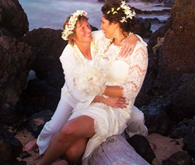 Maui Aloha Weddings Kihei Hawaii Lesbian Couple Embrace On The Beach