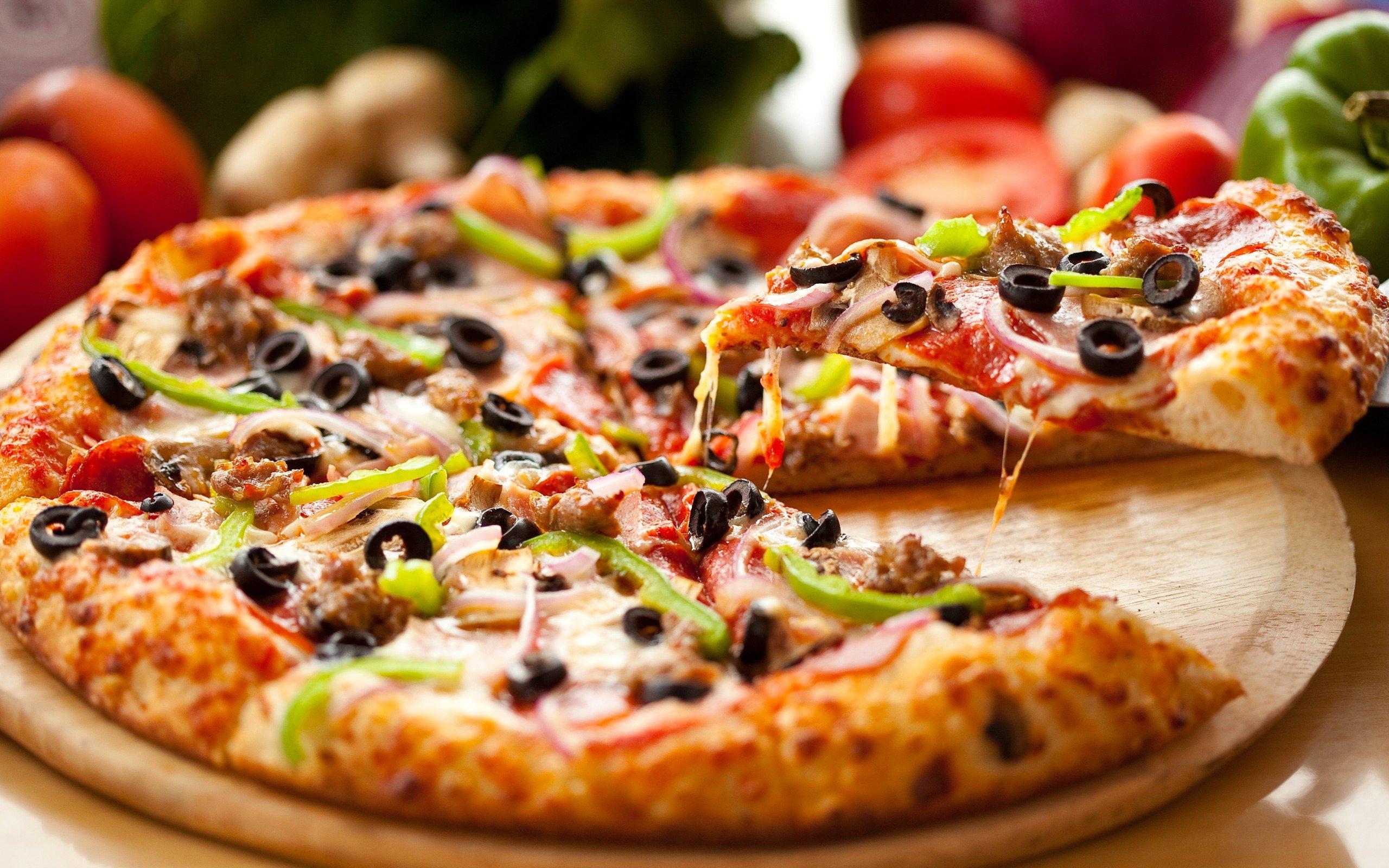 LA PIZZA: LA BANDERA GASTRONÓMICA ITALIANA   lagallofa