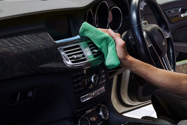 Cleaning Tips for the Inside of Your Car