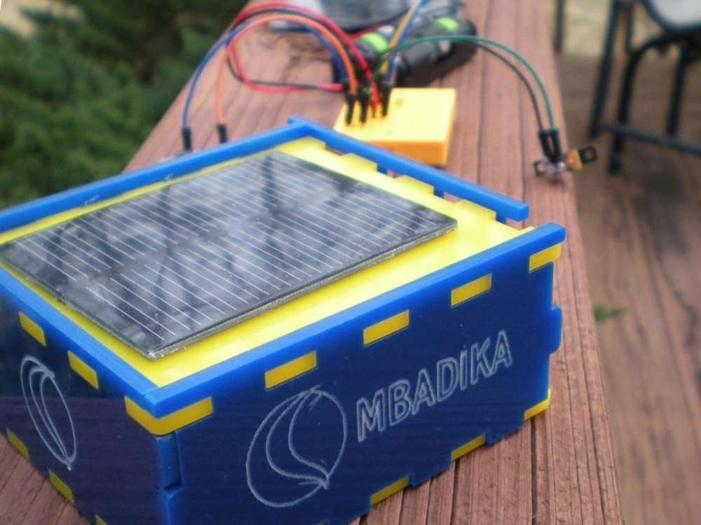 medium resolution of how to build a solar powered usb charger for phones and other small devices