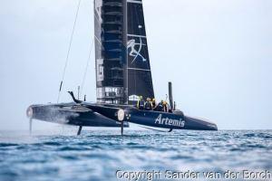 Artemis-Katamaran beim AC35