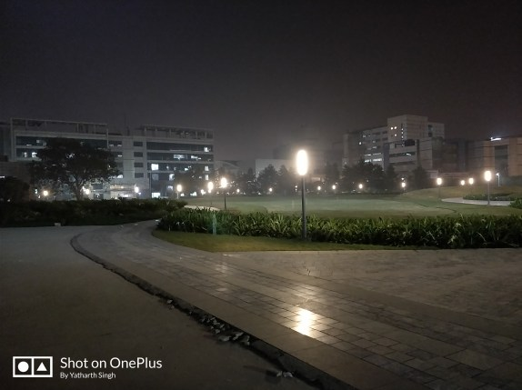 OnePlus 5T Lowlight Camera