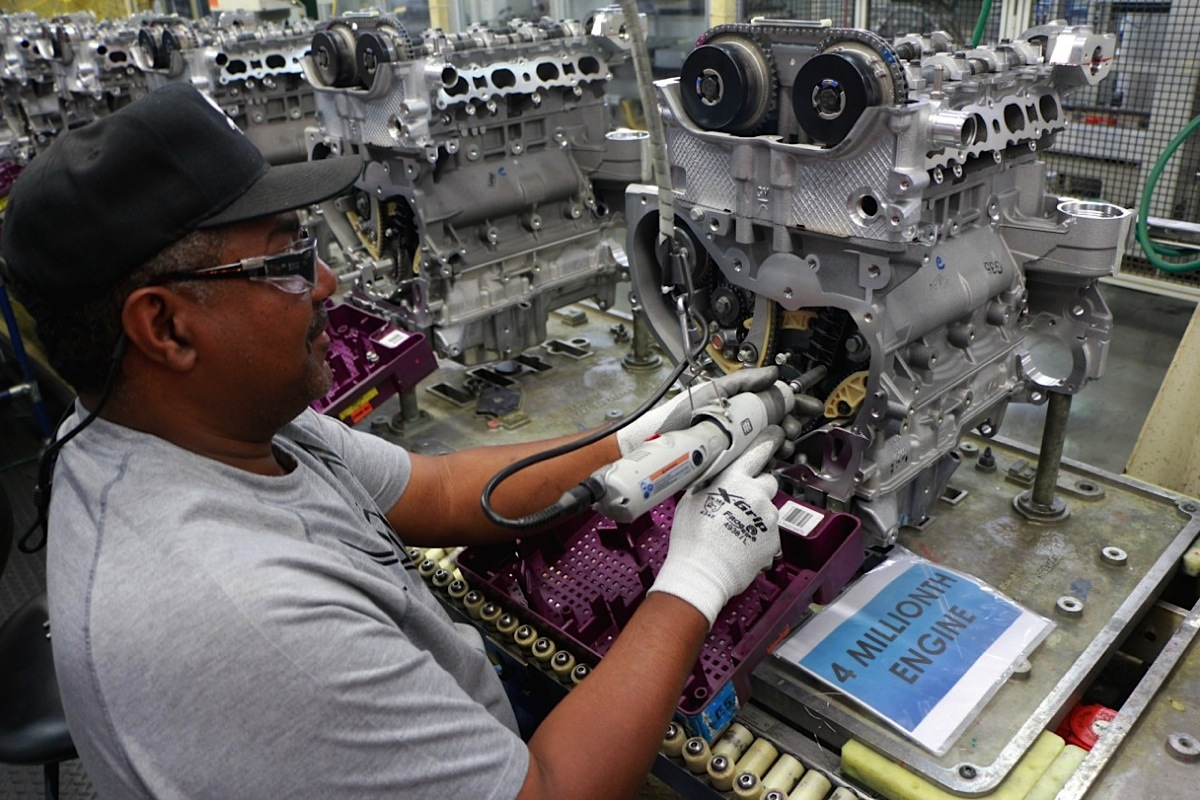 Gm Builds 4 Millionth Ecotec Engine At Spring Hill