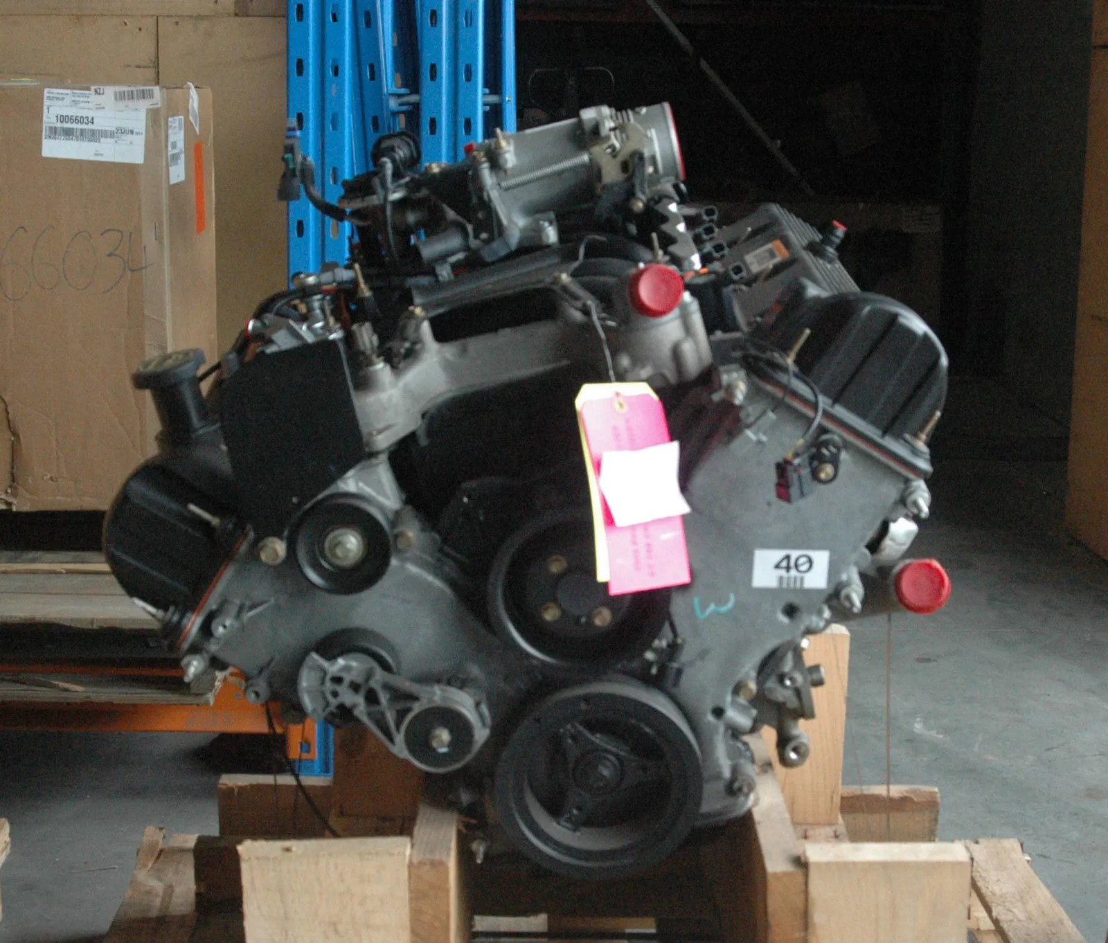 hight resolution of brand new ford 4 6l sohc v8 production ready ford test engine
