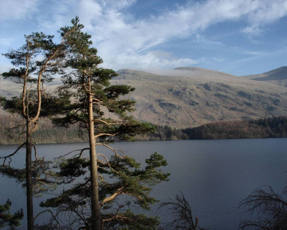 https://i0.wp.com/www.english-lakes.com/images/wallpapers/1024_thirlmere_and_the_helvellyn_massif.jpg