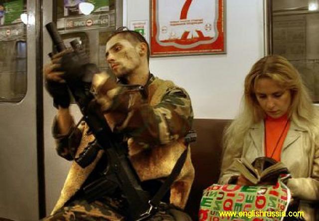 Commandos en el metro de moscow