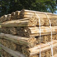 TWP.HRL.traditional woodland products sweet chestnut hand riven laths palletted for shipping to ireland