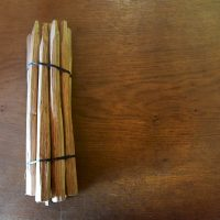a pack of Oak hand cleft tapered pegs