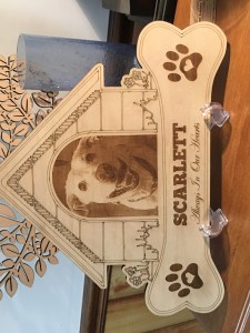 Dog House Style Pet Memorial Design