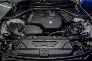 The First-Ever BMW 330Li M Sport (12)
