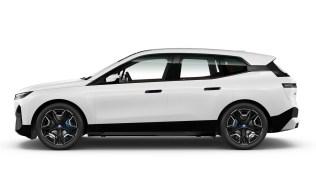 03. BMW iX xDrive40 Sport - Alpine White