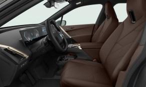 26. BMW iX xDrive40 Sport - Atelier Mocha Upholstery