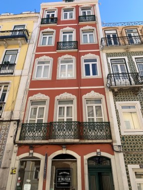 Beautiful Apartment Historic Centre Lisbon, Stunning River Views