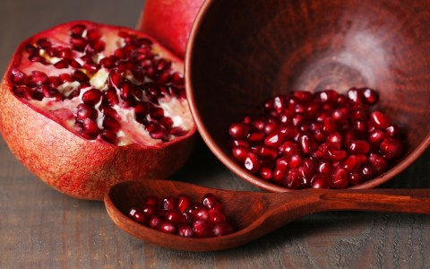 benefits of pomegranates
