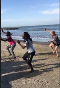 Dance on the beach (7)