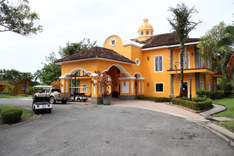 Amatique Bay Resort