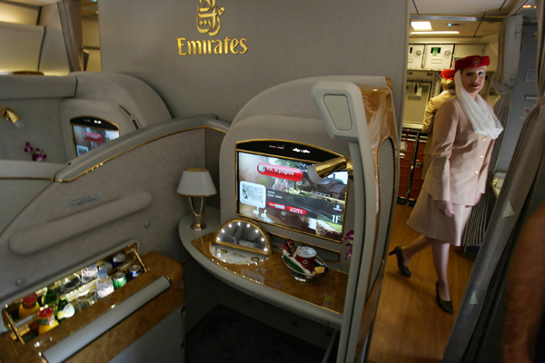 Emirates-A380-Entertainment-600x400