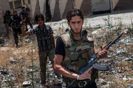 Enlace-Judio-EEUU- y -Reino- Unido- suspenden- la ayuda- a- la- oposición- siria