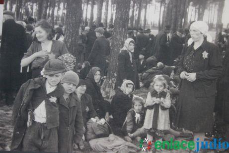 Enlace Judio_Conmemoracion holocausto en el fiesta americana_013
