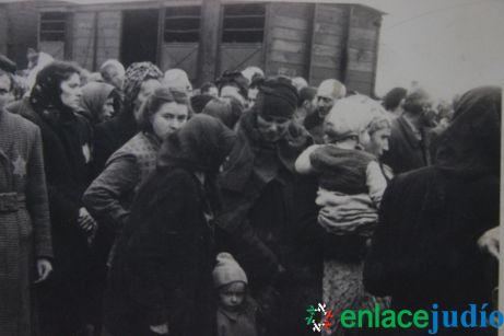 Enlace Judio_Conmemoracion holocausto en el fiesta americana_027