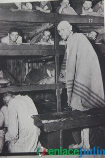 Enlace Judio_Conmemoracion holocausto en el fiesta americana_052
