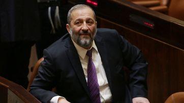 Líder de Shas Aryeh Deri - La decisión era parte del acuerdo de coalición con su partido (Foto: Olivier Fitoussi)