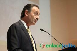 26-ENERO-2017-RELACIONAN EL MURO DE TUMP CON EL MURO DEL GHETTO DE VARSOVIA EN EL DIA INTERNACIONAL DEL HOLOCAUTSO -144