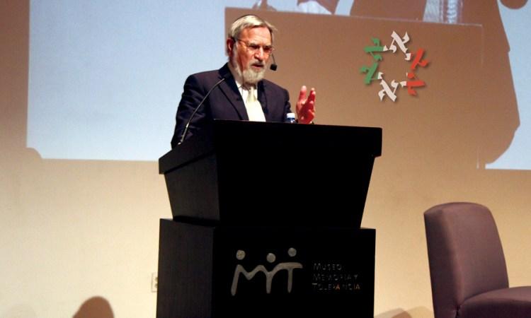 Lord Rabbi Jonathan Sacks en el Museo Memoria y Tolerancia, sobre la amenaza del antisemitismo