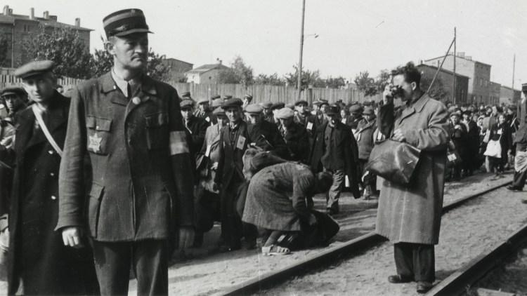 ¿Cómo fotografiaron al Holocausto un judío del gueto, un oficial nazi o un soldado de EE.UU.?