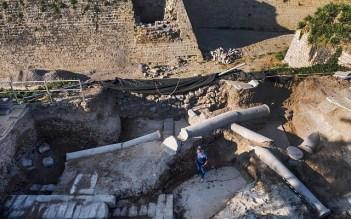La opulenta estructura del período bizantino, bajo la cual se encontró el espectacular mosaico de época romana. (Assaf Peretz, Autoridad de Antigüedades de Israel)