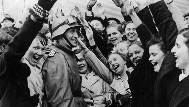 """""""Anschluss"""": la burla olvidada de Hitler que dio alas al águila nazi"""