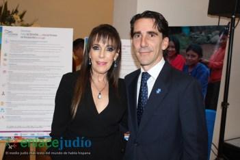 23-MAYO-2018-FIRMA DE DECALOGO MEADE-83